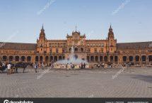 depositphotos_175979760-stock-photo-view-spain-square-town-hall
